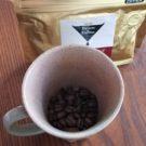 コーヒー豆を貰ったけどミルがない!家にある代替品で豆を挽いて淹れてみた